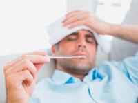 При  миокардите возможна лихорадка, напоминающая симптомы гриппа.